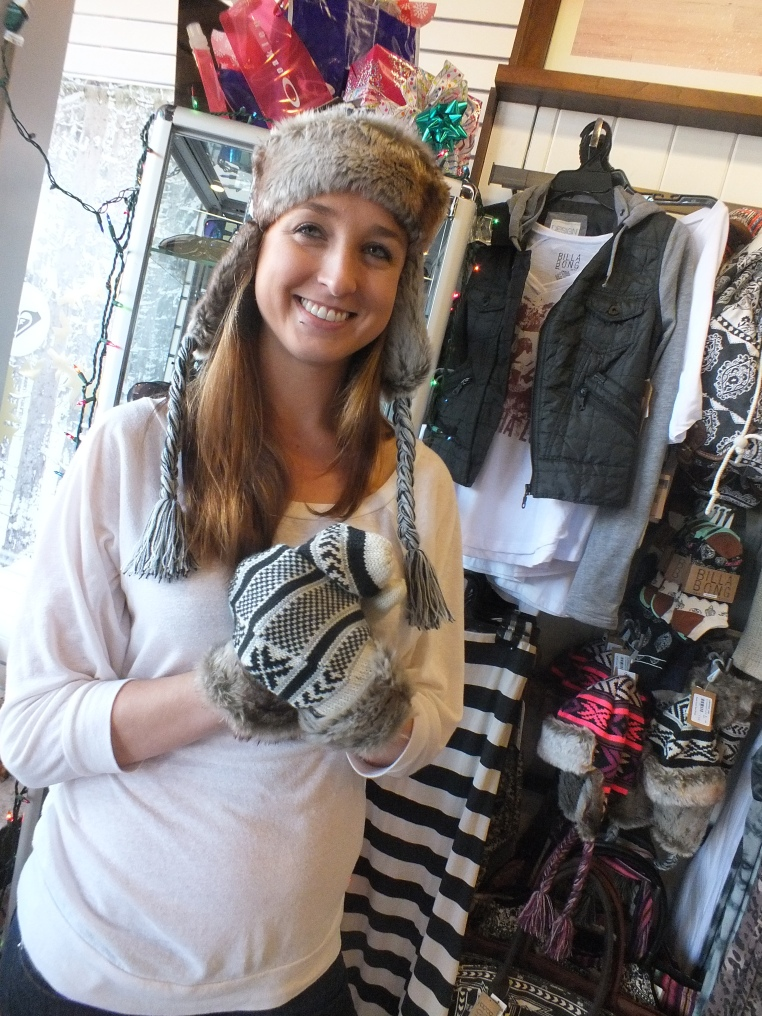Billabong Snowden Flap Hat and Mitsy Gloves